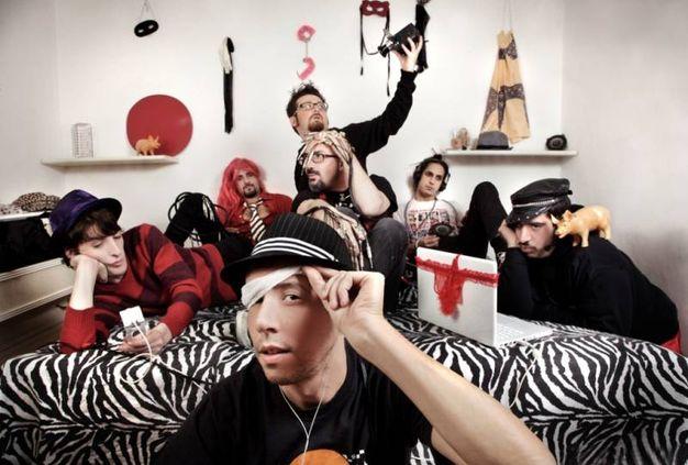 Desio, lo ska-punk dei Vallanzaska al Tittoni