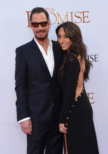Chris Cornell con la moglie Vicky Karayiannis (Afp)
