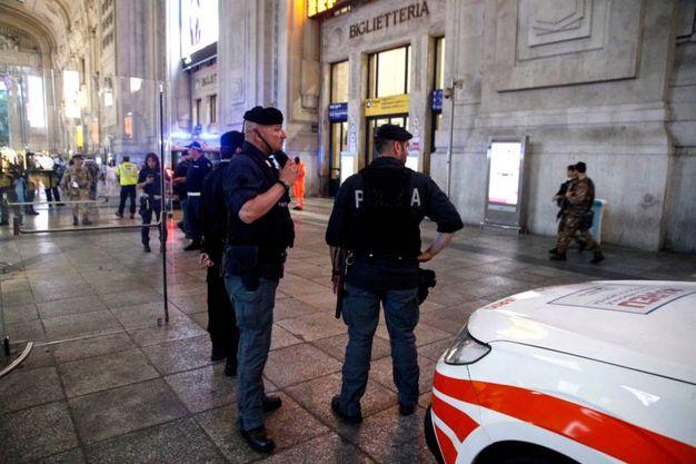 I feriti sono stati soccorsi e portati al Fatebenefratelli (La Presse)