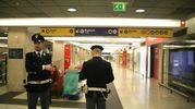 Due militari e un agente Polfer feriti in stazione Centrale a Milano (Newpress)