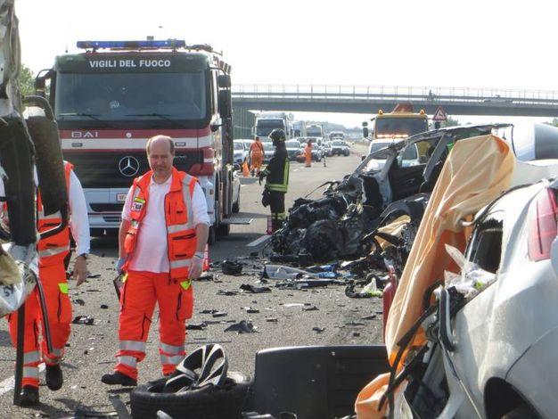 I soccorritori sul posto (foto Veca)