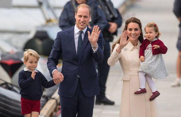 La famiglia di William e Kate: profilo basso al matrimonio di Pippa (Lapresse)