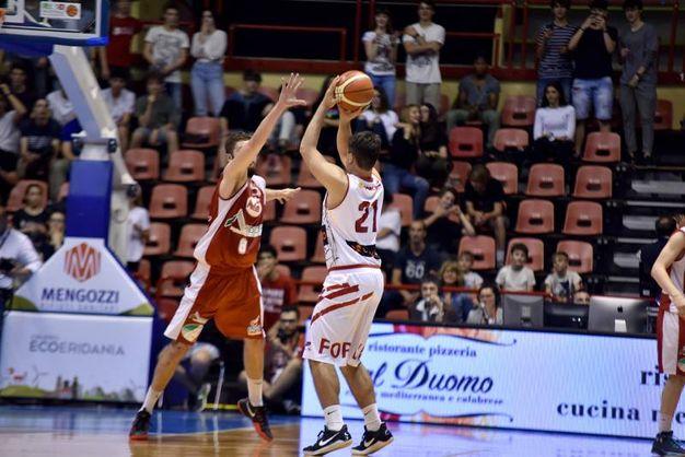 L'Unieuro Forlì ha battutto Chieti 91-75 (foto Fantini)