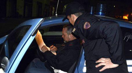 In piazza San Francesco è arrivata una pattuglia della Polizia chiamata dai cittadini