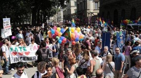 FESTA ARCOBALENO Un momento del Toscana Pride 2016 che si è svolto a Firenze