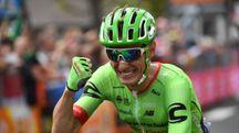 Giro d'Italia 2017, l'esultanza di Pierre Rolland a Canazei (Ansa)