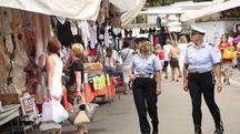 Controlli al mercato (Foto d'archivio)