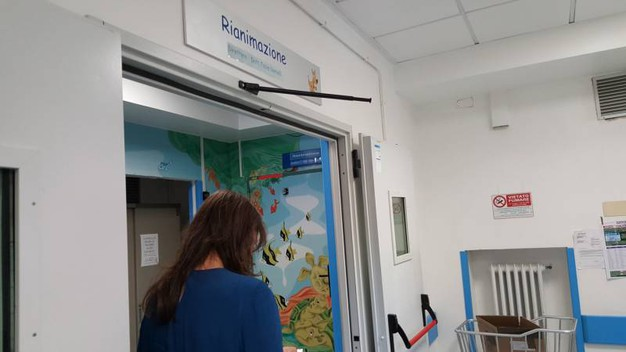 La rianimazione dell'ospedale Salesi di Ancona (Foto Emma)