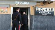 Napoli, il pub dove all'alba è stato ucciso un 29enne (Ansa)