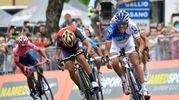 Giro d'Italia 2017, l'arrivo della tappa ad Asiago. Vince Pinot (Lapresse)
