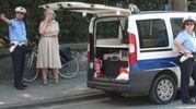 I vigili urbani hanno fermato in via della Resistenza un'automobilista che la percorreva contromano