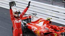 F1, Gp Montecarlo 2017, l'esultanza di Sebastian Vettel (Ansa)