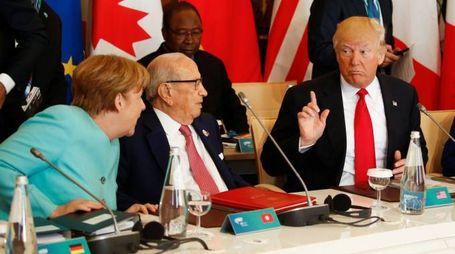 Angela Merkel e Donald Trump durante il G7 di Taormina (Lapresse)