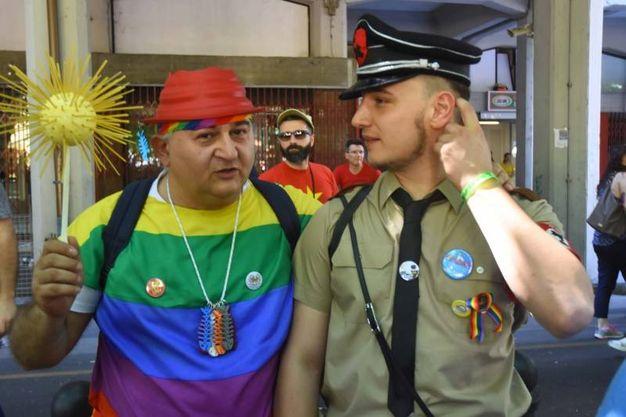 Sotto i colori dell'arcobaleno è partito il REmilia Pride (Artioli)