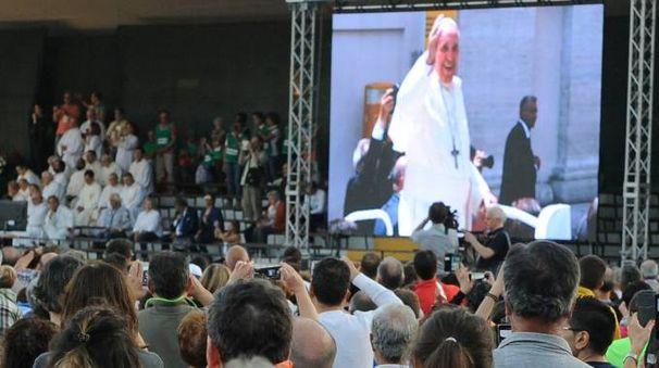 I pellegrini all'Helvia Recina (foto Calavita)