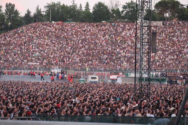 L'autodromo pieno di fan