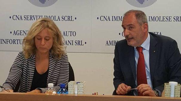 Annarita Muzzarelli  e Paolo Cavini