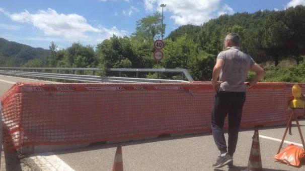 La chiusura d'urgenza della superstrada nello svincolo di Canili Sud risale al 18 maggio scorso