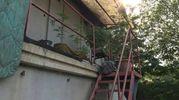 La casa che il giovane romeno si era ricavato negli uffici dell'ex cava
