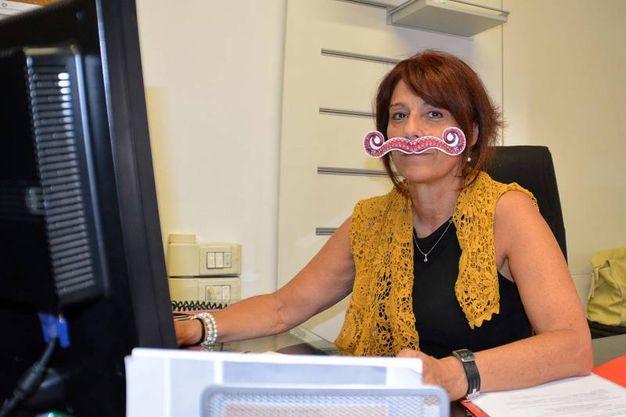 Una dipendente comunale (Foto Lanari)