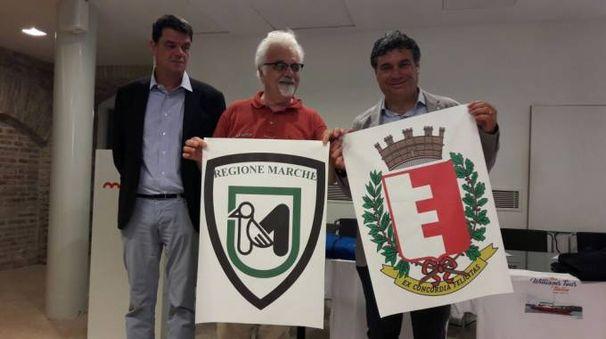 Patrizio Roversi e i primi sostenitori dell'iniziativa
