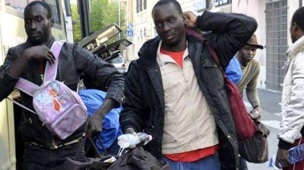No ai migranti a Vanzaghello