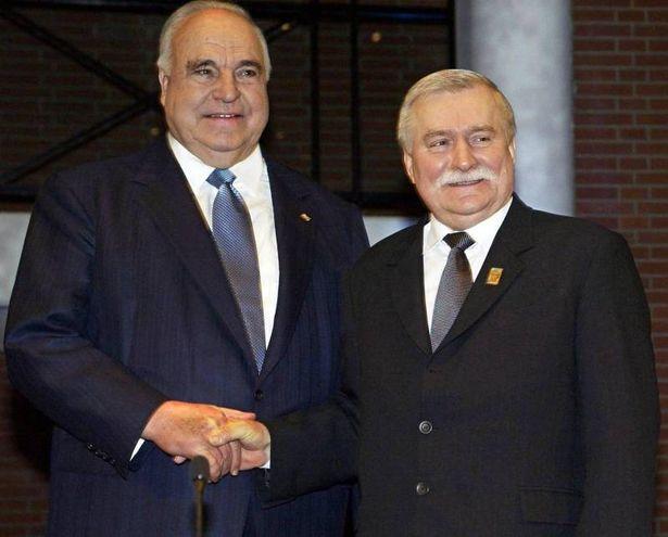 Helmut Kohl e Lech Walesa (Ansa)