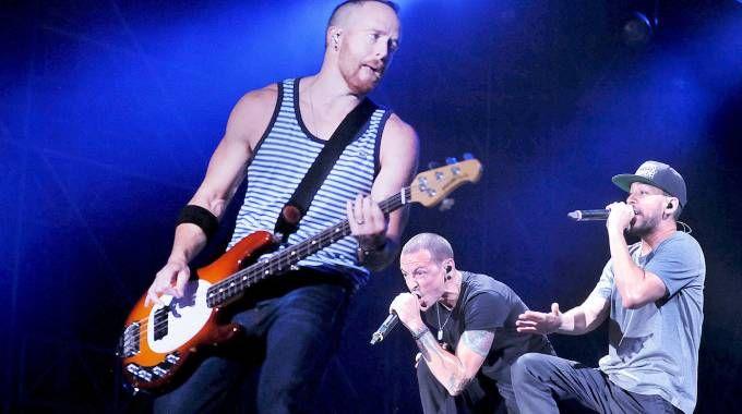 I Linkin Park sono la band più attesa della serata anche per merito dell'album appena uscito