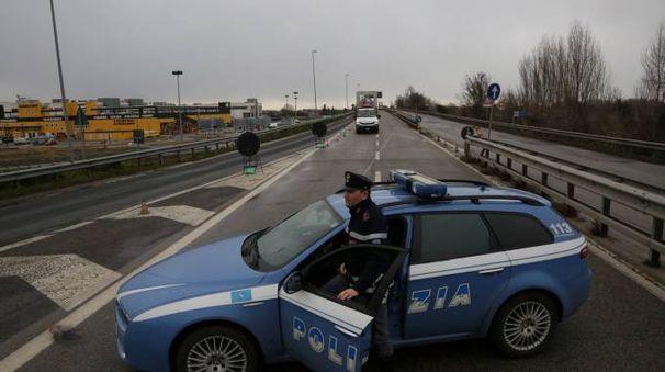 Sta indagando la polizia che ha effettuato subito una battuta nella zona