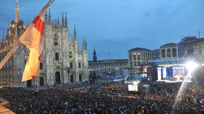 Radio Italia Live, concerto in piazza Duomo in una foto dell'edizione 2016 (Newpress)