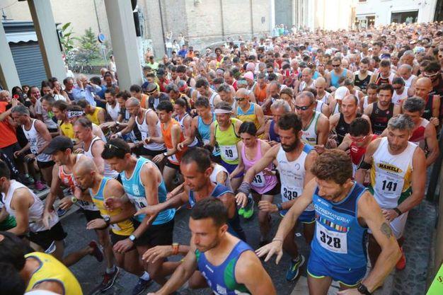 3.500 i partecipanti alla corsa di San Giovanni anche Fiona May (foto Ravaglia)
