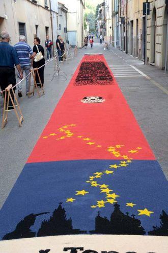 Camaiore, i tappeti di segatura: Teepee (foto Aldo Umicini)