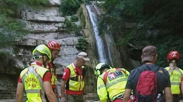 Il soccorso alpino nei pressi dell'Acquacheta