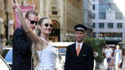 La supermodella Candice Swanepoel incanta Milano