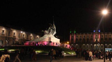 Monza, piazza Trento e Trieste di notte