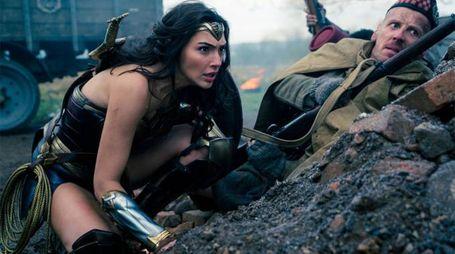 Gal Gadot in una scena di 'Wonder Woman' – Foto: Clay Enos/Warner Bros.
