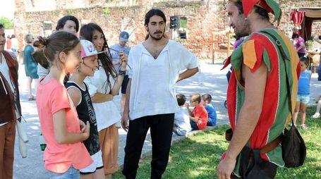 Teatro di strada. Il festival imolese è giunto all'undicesima edizione (foto Studio Sally)