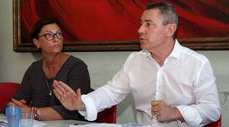 I segretari provinciali della Cgil e del Silp Cgil, Maria Rosaria Costabile e Antonio Losacco, durante l'incontro