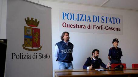 L'inchiesta è stata condotta dagli agenti della squadra mobile (Frasca)