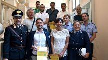 In prima fila, da sinistra: il maresciallo dei carabinieri Antonio Baiano, il sindaco Gabriele Fratto, l'assessore alla sicurezza Gessica Allegni e la vice comandante della polizia municipale Stefania Lanzoni (foto Fantini)