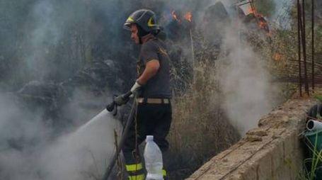 I vigili del fuoco alla Rugginosa Nuova
