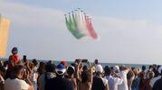 Le Frecce Tricolori durante l'Air Show di Marina di Grosseto (Foto Aprili)