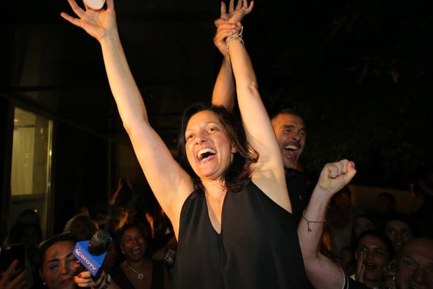 Gioia dopo i risultati del ballottaggio a Riccione  (foto Petrangeli)