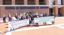 Una protesta degli azionisti della Carisp