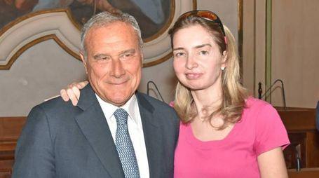 RINASCITA Elena Madama con il presidente del Senato Pietro Grasso durante la recente visita nel capoluogo (Torres)