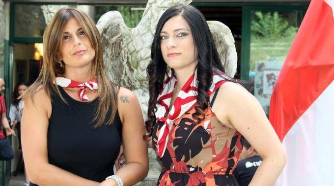 Da sinistra la dama della Piazzarola Valeria Sirocchi  e Wanda Fabiani