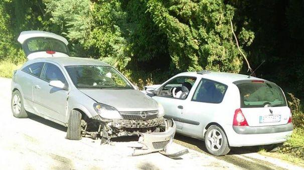 Le due auto coinvolte nel violento incidente