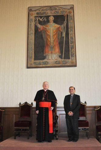 Il nuovo Arcivescovo di Milano Mario Delpini assieme ad Angelo Scola (Newpress)