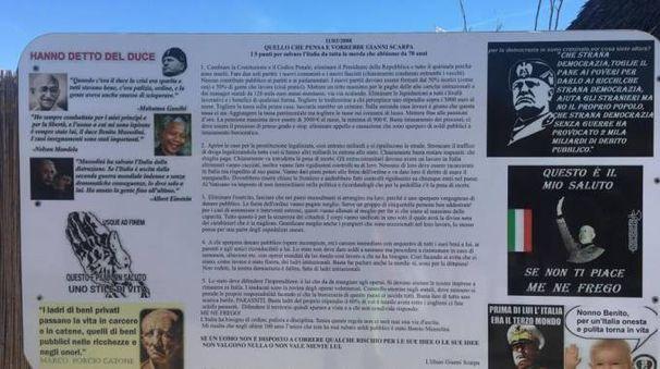 Punta Canna a Chioggia, i cartelli che inneggiano al fascismo