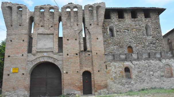 Scandiano, legata, picchiata e rapinata nel suo castello (foto Artioli)